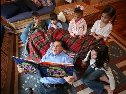 Mitt with grandchildren